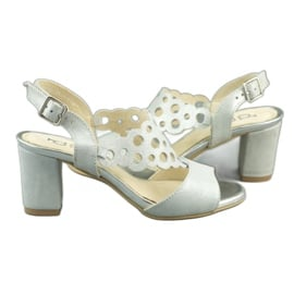 Dolce Pietro Zamszowe sandały damskie na słupku 2083 biało-srebrne białe srebrny wielokolorowe 5
