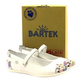 Balerinki dziewczęce kwiatki Bartek białe 4