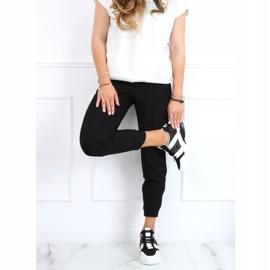 Buty sportowe damskie biało-czarne LA86P Black białe 1