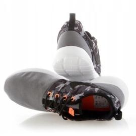 Buty Nike Roshe One Print Jr 677782-004 białe 3