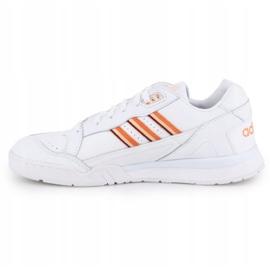Buty Adidas A.R.Trainer W EF5965 białe 3