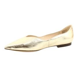 Lordsy baleriny damskie skóra Caprice 24200 Gold złoty 1