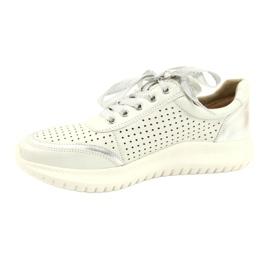 Caprice buty sportowe wiązane tęg.H 23750 white comb białe srebrny 1