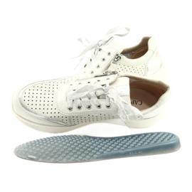 Caprice buty sportowe wiązane tęg.H 23750 white comb białe srebrny 5