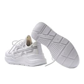 Białe sneakersy sportowe Lativia szare 4