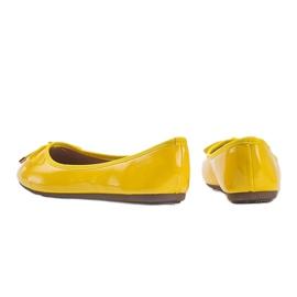 Żółte baleriny lakierowane Jaylynn 3