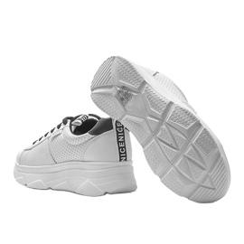 Biało czarne sneakersy sportowe BO-529 2