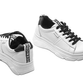 Biało czarne sneakersy sportowe BO-529 3
