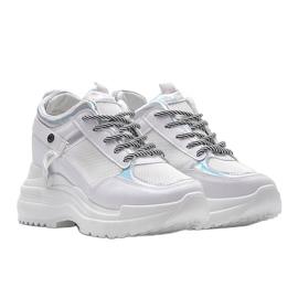 Białe sneakersy na grubej podeszwie Johana 1