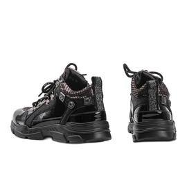 Czarne sneakersy na koturnie Giovanna 2