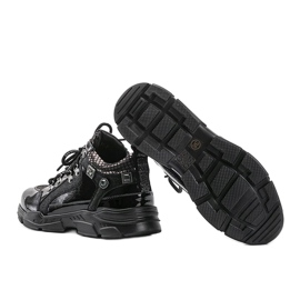 Czarne sneakersy na koturnie Giovanna 3