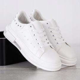 SHELOVET Sneakersy Z Ćwiekami białe 2