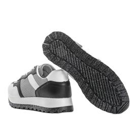 Czarne sneakersy sportowe Antonia 2