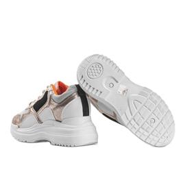 Biało-złote sneakersy na koturnie Alexandra białe złoty 2