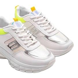 Białe sneakersy sportowe Dana 3