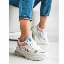 SHELOVET Sneakersy Na Platformie Z Siateczką białe 1