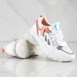 SHELOVET Sneakersy Na Platformie Z Siateczką białe 4