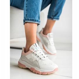 Ideal Shoes Sneakersy Na Różowej Platformie białe 4