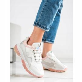 Ideal Shoes Sneakersy Na Różowej Platformie białe 1