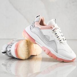 Ideal Shoes Sneakersy Na Różowej Platformie białe 2