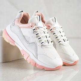 Ideal Shoes Sneakersy Na Różowej Platformie białe 3