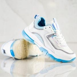 Ideal Shoes Sneakersy Z Brokatową Wstawką białe wielokolorowe 3