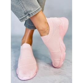 Buty sportowe skarpetkowe różowe NB399 Pink 2