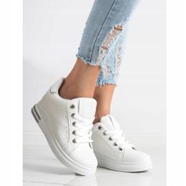 SHELOVET Białe Sneakersy Na Koturnie 2
