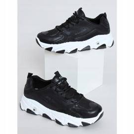 Buty sportowe damskie czarne NB373P Black 1