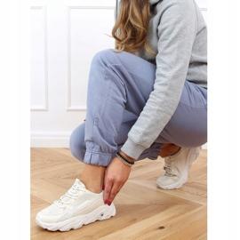Buty sportowe damskie beżowe NB373P Beige beżowy 3