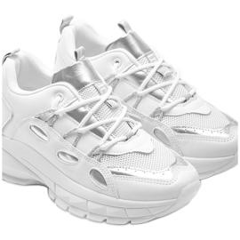 Białe sneakersy z srebrnymi wstawkami Guadalupe 3
