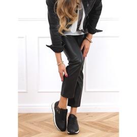 Buty sportowe damskie czarne J2140 Black 3