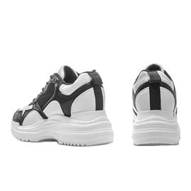 Biało-czarne sneakersy na koturnie Alexandra białe 2