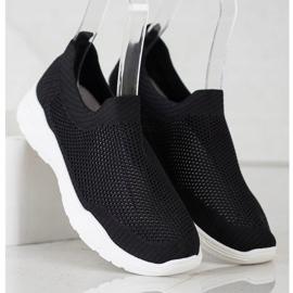 Ideal Shoes Wsuwane Buty Z Siateczką czarne 3
