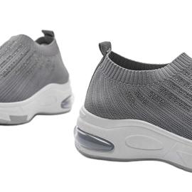 Szare sneakersy sportowe wsuwane Lolly 3