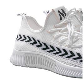 Białe obuwie sportowe wsuwane Kaylee 3