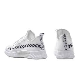 Białe obuwie sportowe wsuwane Kaylee 4