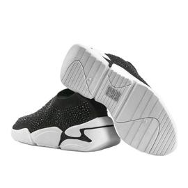Czarne obuwie sportowe wsuwane Eva 2