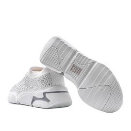 Białe obuwie sportowe wsuwane Eva 2