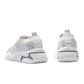 Białe obuwie sportowe wsuwane Eva 4