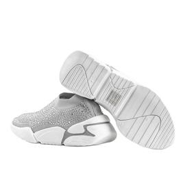 Srebrne obuwie sportowe wsuwane Eva srebrny 2