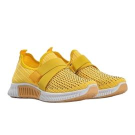 Żółte obuwie sportowe wsuwane Akira 4
