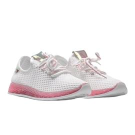 Biało różowe obuwie wsuwane Marley białe 1