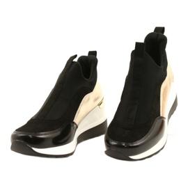 Wsuwane Sneakersy na koturnie Evento 21PB35-4000 czarne złoty 1
