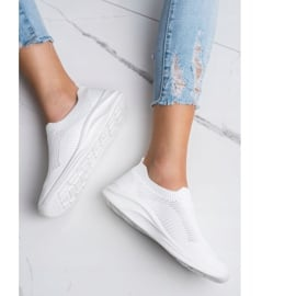 Ideal Shoes Białe Sportowe Slipony 2
