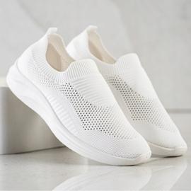 Ideal Shoes Białe Sportowe Slipony 4