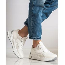 SHELOVET Klasyczne Sneakersy Na Platformie białe 3
