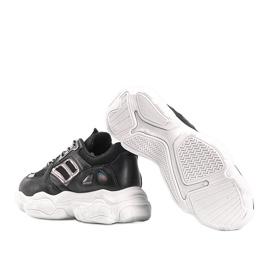 Czarne sneakersy na grubej podeszwie Annette 2