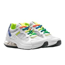 Białe obuwie sportowe damskie Ashlee 1