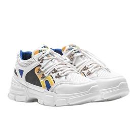 Białe sneakersy sportowe Karla 1
